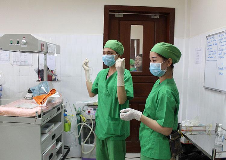 助産師 ボランティア カンボジア 医療