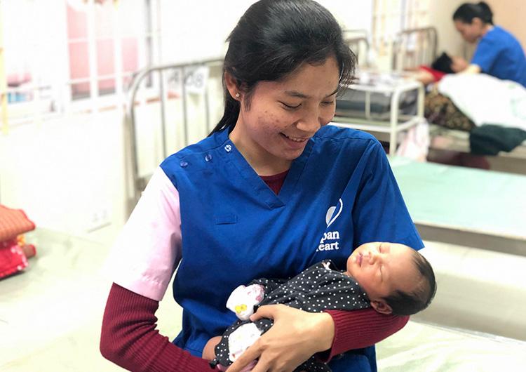 カンボジア 助産師 ボランティア