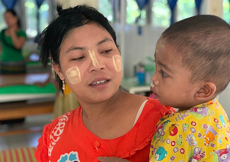 看護師 国際ボランティア 口唇口蓋裂