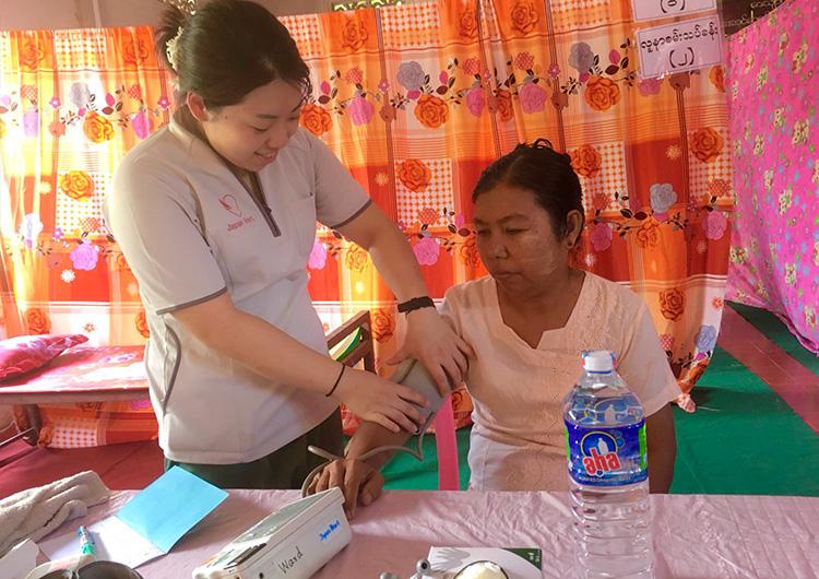 ミャンマー 看護師 ボランティア 田舎 モバイル診療