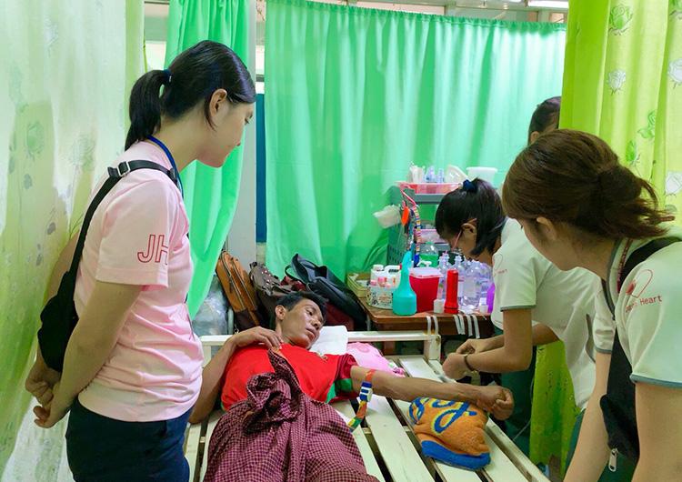 学生 ボランティア 医療 海外