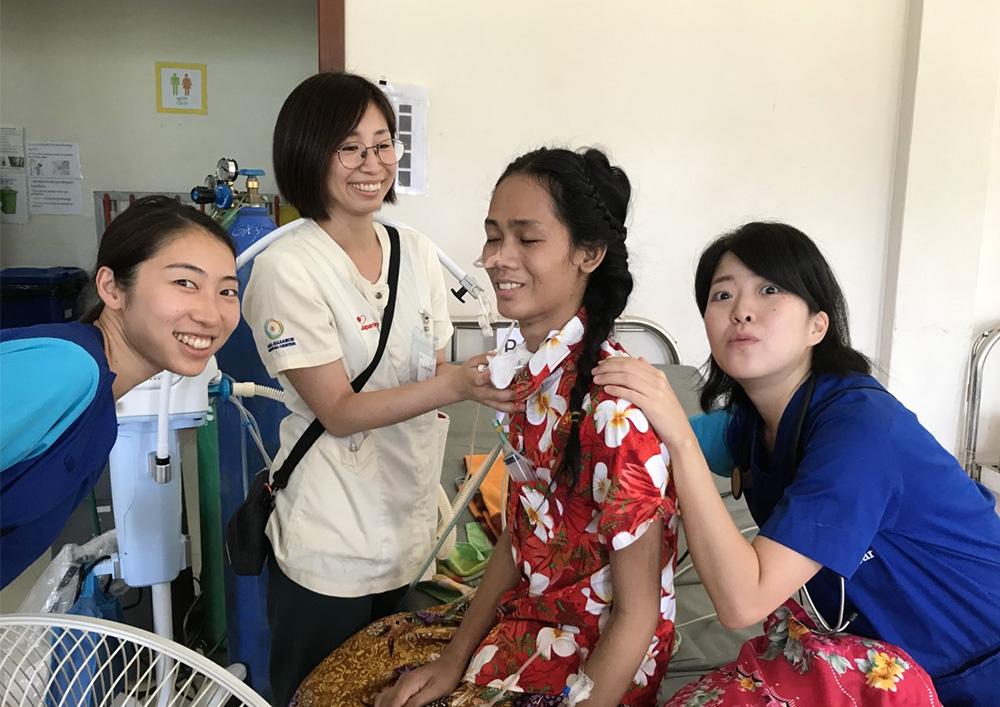 カンボジア 看護師 医療支援