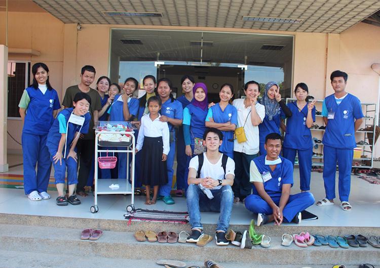 カンボジア ボランティア 医師
