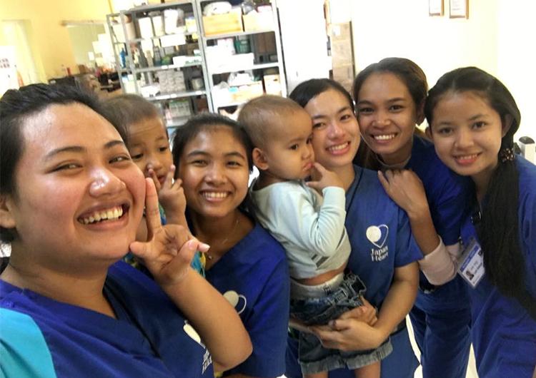 カンボジア人看護師の成長「どんな時も考え続けること」